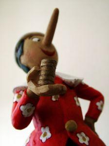 """Streszczenie lektury """"Pinokio"""""""