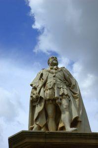 """Opracowanie lektury """"Książę"""" Niccolo Machiavelliego"""