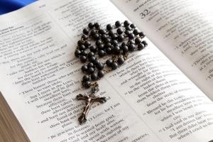 Opracowanie i interpretacja wybranych psalmów Kochanowskiego