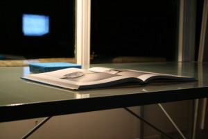 czytanie książek nocą